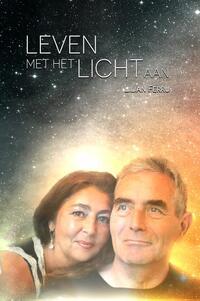 Leven met het Licht aan-Lilian Ferru